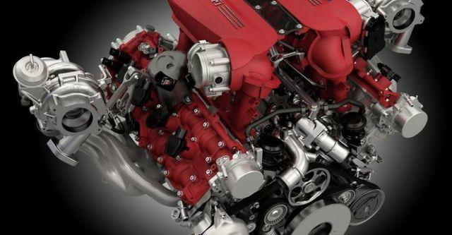 2015 Ferrari 488 GTB V8  第9張相片