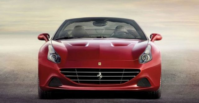 2015 Ferrari California T 3.8 V8  第2張相片