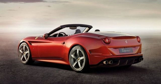 2015 Ferrari California T 3.8 V8  第4張相片