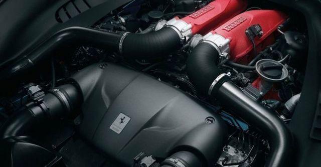 2014 Ferrari California T 3.8 V8  第9張相片
