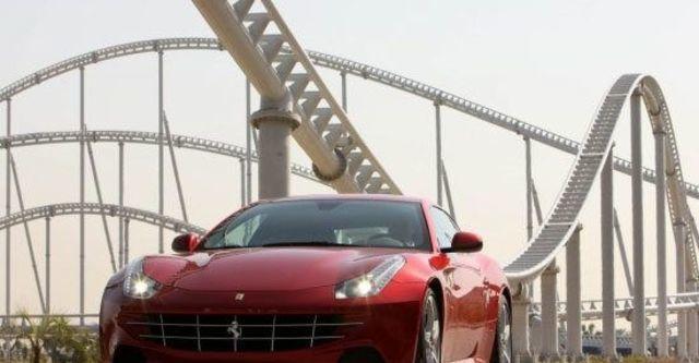 2012 Ferrari FF V12  第3張相片