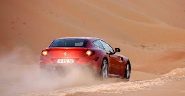 2012 Ferrari FF V12  第5張相片