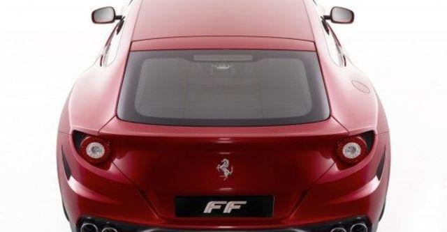 2012 Ferrari FF V12  第7張相片