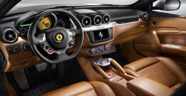 2012 Ferrari FF V12  第9張相片