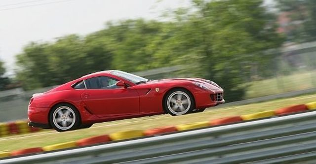 2011 Ferrari 599 GTB Fiorano HGTE  第6張相片
