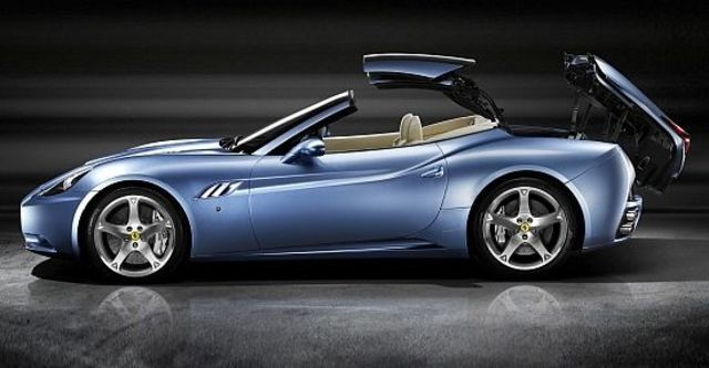 2010 Ferrari California 4.3  第4張相片