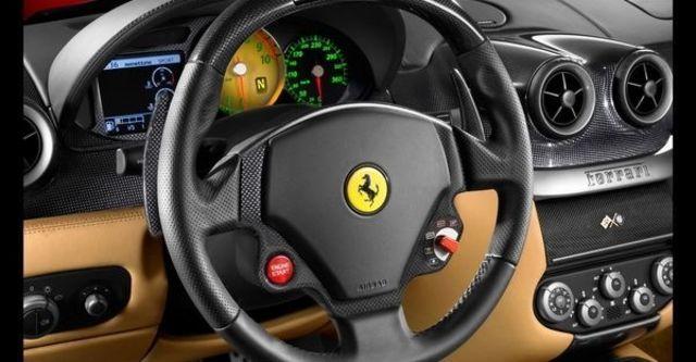 2009 Ferrari 599 GTB Fiorano  第8張相片