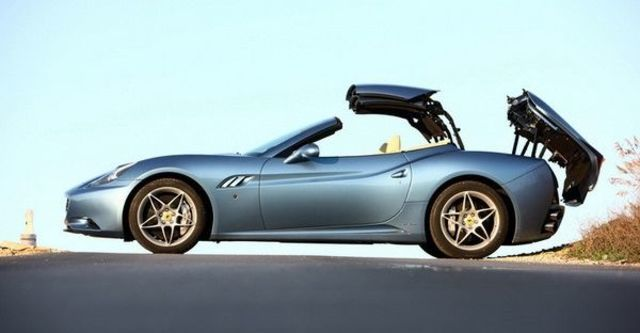 2009 Ferrari California 4.3  第5張相片