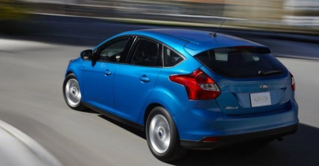 2015 Ford Focus 5D 1.6汽油時尚型  第2張相片