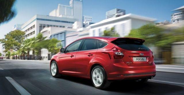 2015 Ford Focus 5D 2.0汽油運動型  第4張相片