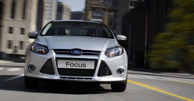 2014 Ford Focus 4D 1.6汽油舒適型  第4張相片