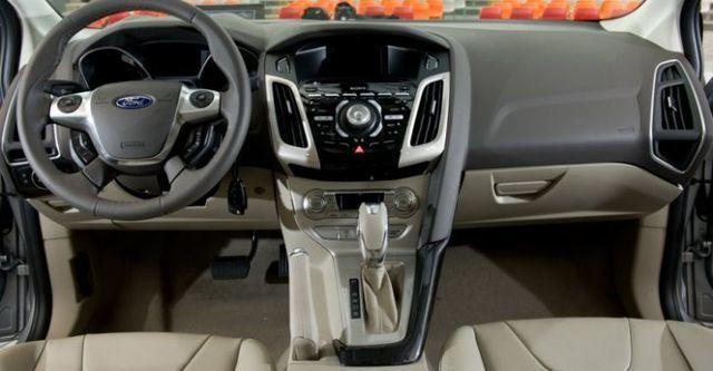 2014 Ford Focus 4D 1.6汽油豪華型  第9張相片