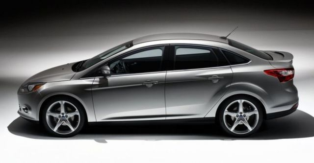 2014 Ford Focus 4D 2.0柴油時尚經典型  第4張相片