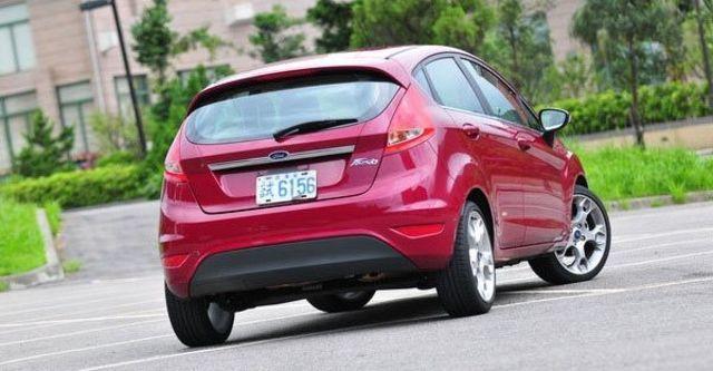 2013 Ford Fiesta 5D 1.6 Titanium運動版  第3張相片