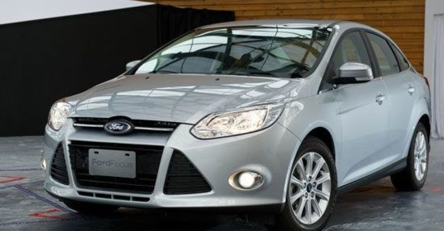 2013 Ford Focus 4D 1.6汽油時尚經典型  第4張相片