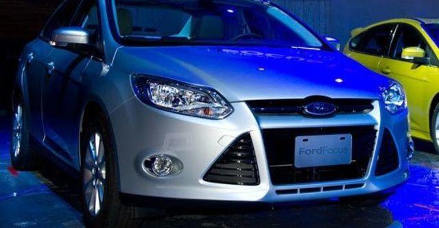 2013 Ford Focus 4D 1.6汽油舒適型  第7張相片