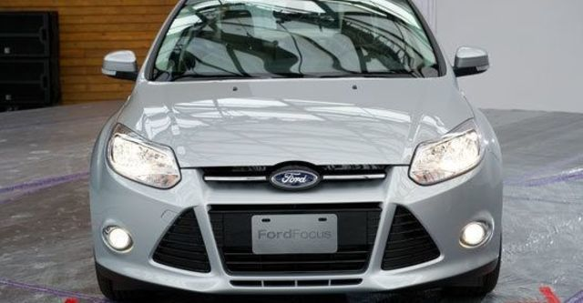 2013 Ford Focus 4D 2.0柴油時尚經典型  第3張相片
