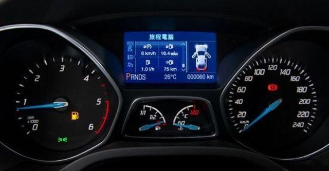 2013 Ford Focus 5D 1.6汽油時尚型  第5張相片