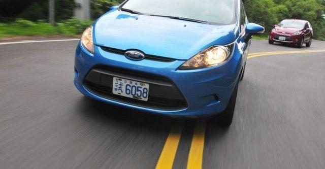 2012 Ford Fiesta 5D 1.4時尚版  第1張相片