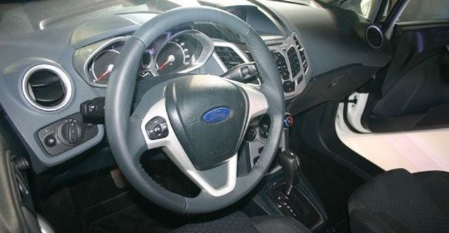 2012 Ford Fiesta 5D 1.6 Powershift運動版  第9張相片