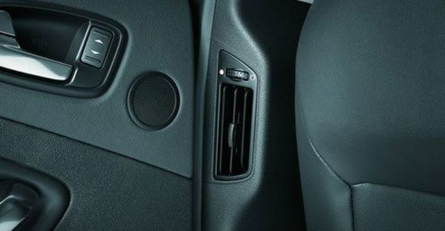 2012 Ford Mondeo 2.0 TDCi經典型  第11張相片