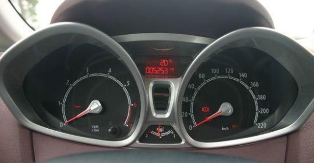 2011 Ford Fiesta 1.6運動版  第7張相片