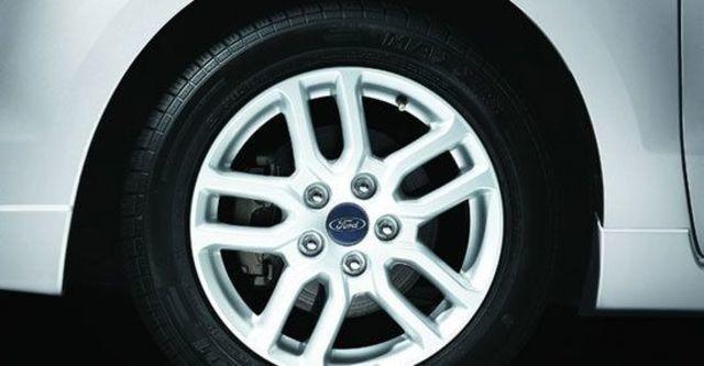 2011 Ford i-Max Ghia七人座  第10張相片