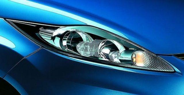 2010 Ford Fiesta 1.4時尚版(鈦銀紫)  第4張相片