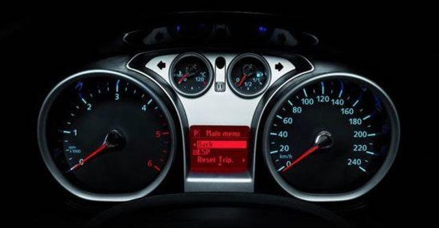 2010 Ford Focus Comfort 1.8五門經典款  第8張相片