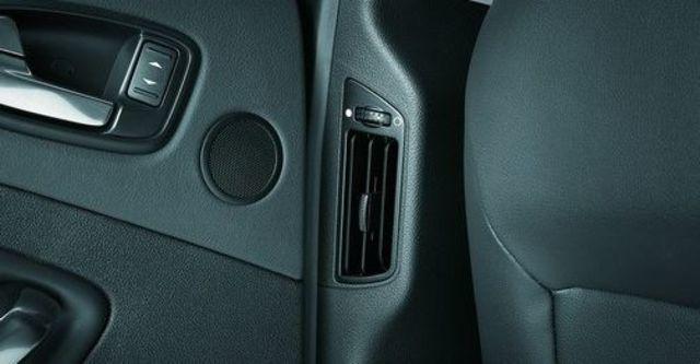 2010 Ford Mondeo 2.0柴油運動旗艦型  第9張相片