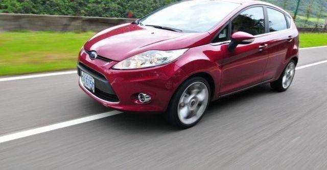 2009 Ford Fiesta Titanium 1.6  第12張相片