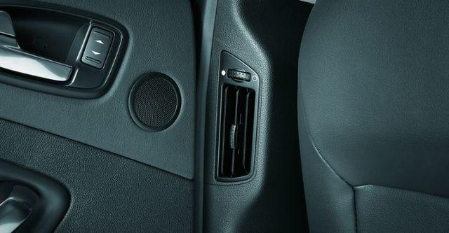 2009 Ford Mondeo 2.0 柴油豪華型  第13張相片