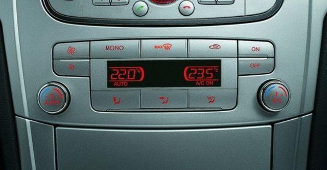 2009 Ford Mondeo 2.3 汽油旗艦型  第13張相片