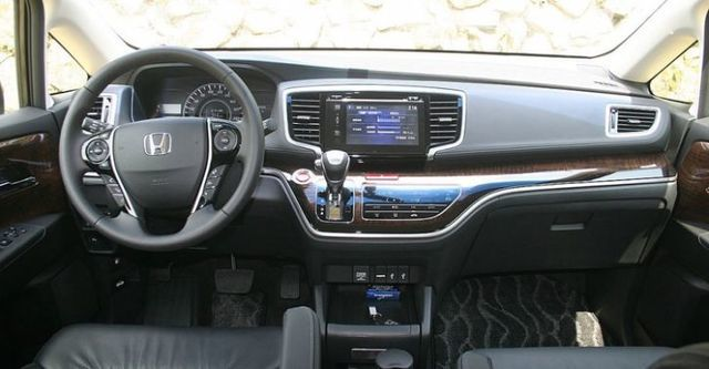 2015 Honda Odyssey 2.4 Apex  第8張相片
