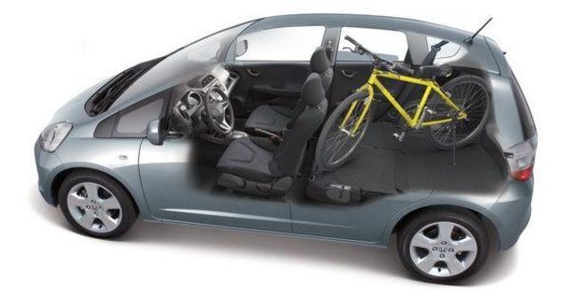 2010 Honda Fit VTi  第6張相片
