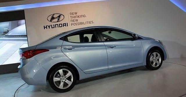2013 Hyundai Elantra 1.8 GLS豪華型  第4張相片