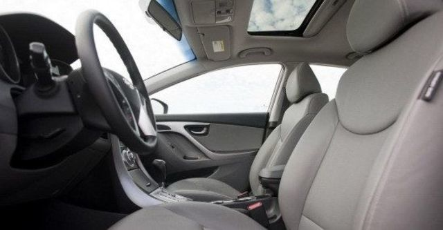 2013 Hyundai Elantra 1.8 GLS豪華型  第8張相片