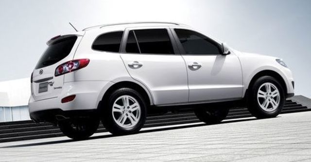 2013 Hyundai Santa Fe 2.2 eVGT旗艦型5人座  第12張相片