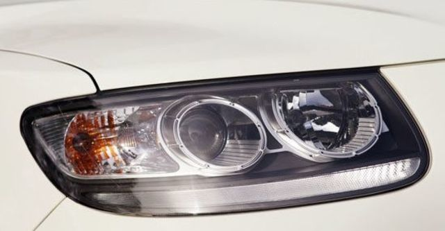 2013 Hyundai Santa Fe 2.2 eVGT旗艦型7人座  第8張相片