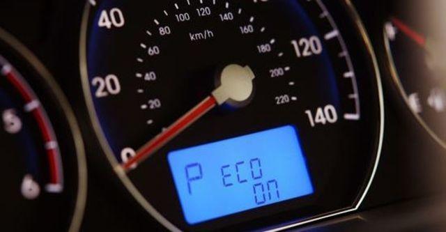 2013 Hyundai Santa Fe 2.2 eVGT旗艦型7人座  第9張相片