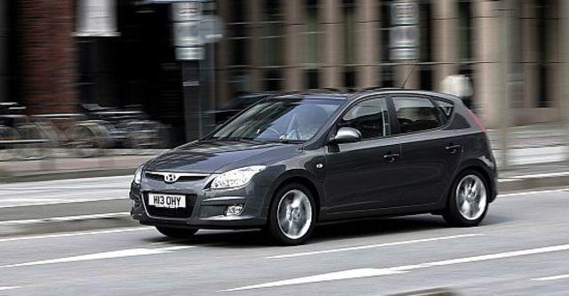 2011 Hyundai i30 經典型  第4張相片