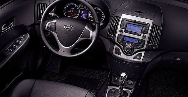 2011 Hyundai i30 CW 旗艦型  第4張相片
