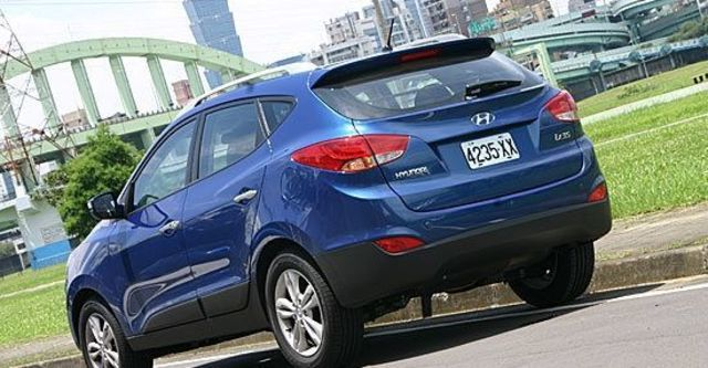 2011 Hyundai ix35 2.4尊貴型  第8張相片