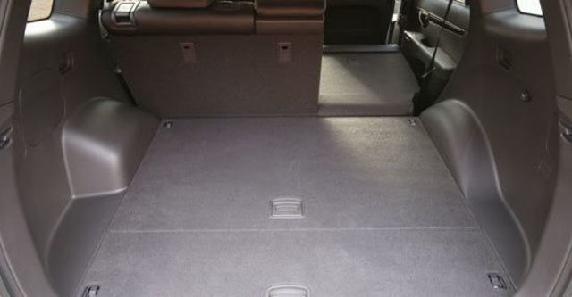 2011 Hyundai Santa Fe 2.2 eVGT旗艦型5人座  第11張相片
