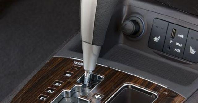 2011 Hyundai Santa Fe 2.2 eVGT旗艦型7人座  第6張相片