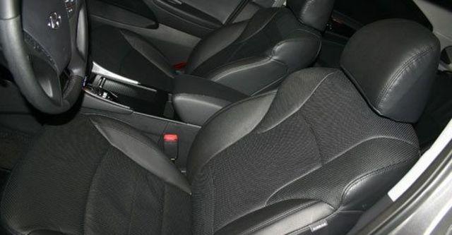 2011 Hyundai Sonata 2.4 GLS  第6張相片