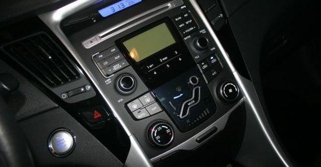 2011 Hyundai Sonata 2.4 GLS  第8張相片