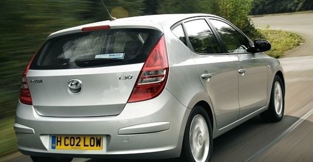 2010 Hyundai i30 豪華型  第4張相片