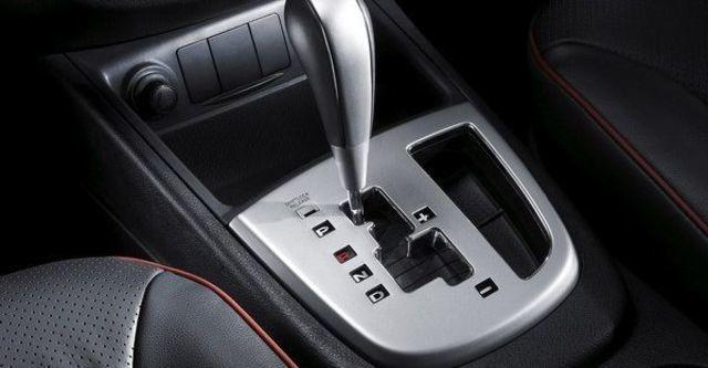 2008 Hyundai Santa Fe 2.7 雅致  第6張相片
