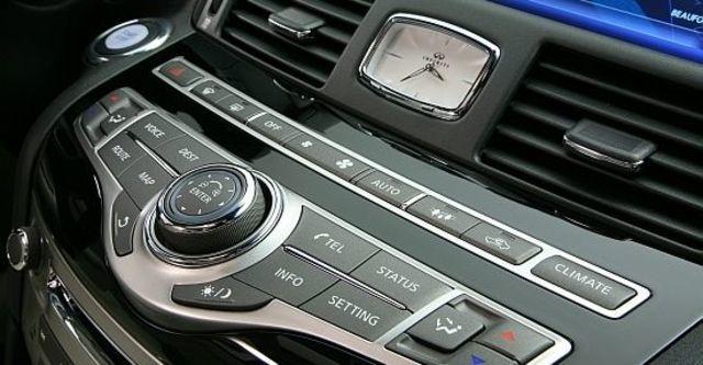 2010 Infiniti M 25 Luxury  第8張相片